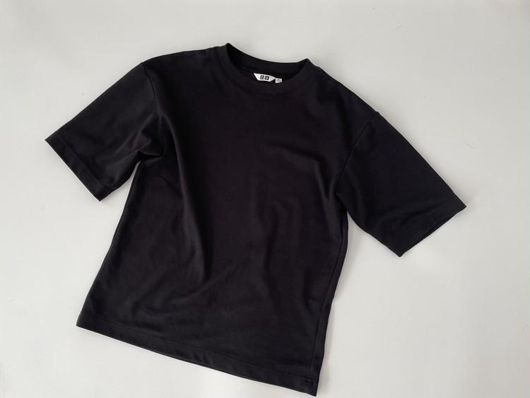 ユニクロユーTシャツ全体