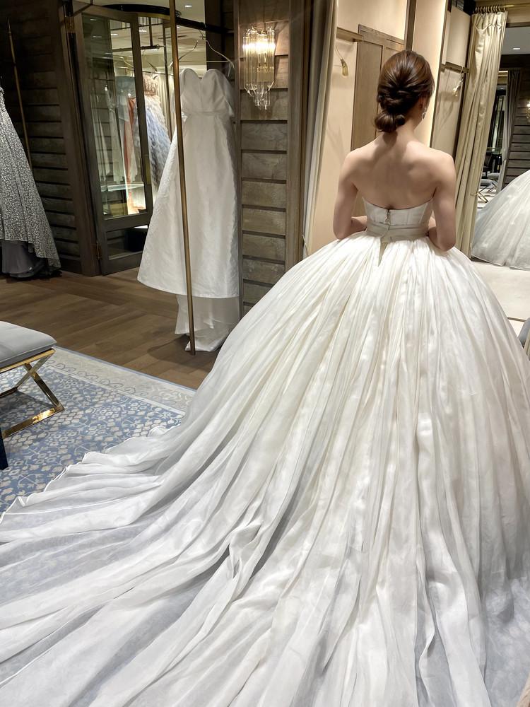 準備再開【パレス花嫁】2021SS新作ドレスを試着しました♡_11