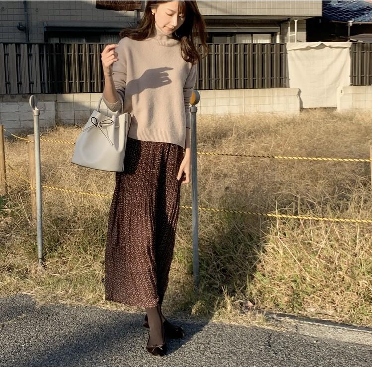 しまむらスカート×お気に入りニットで可愛げ秋コーデ♡_1