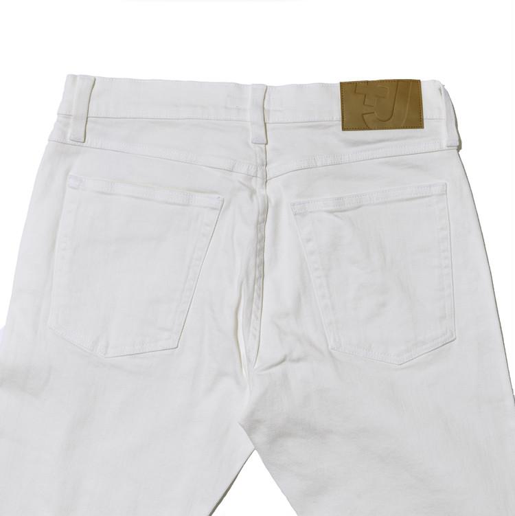 ユニクロ+Jセルビッジストレートジーンズ オフホワイトのバックポケット