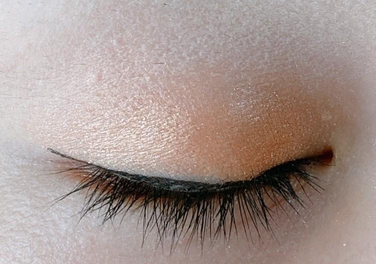 乾燥しやすい時期に嬉しい目周りケア美容液成分配合アイライナー_3