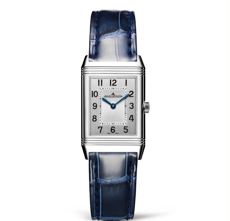 スクエアフェイスの腕時計と、美しく歳を重ねたい【30代からの名品・愛されブランドのタイムレスピース Vol.12】_2_3