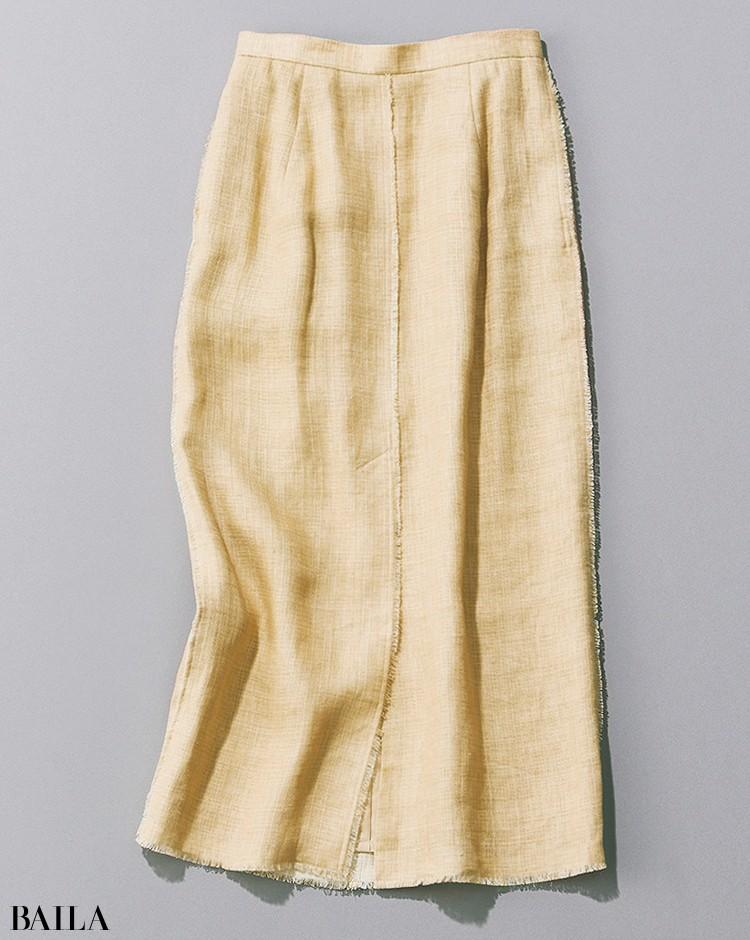 オーラリーのリネンスカート