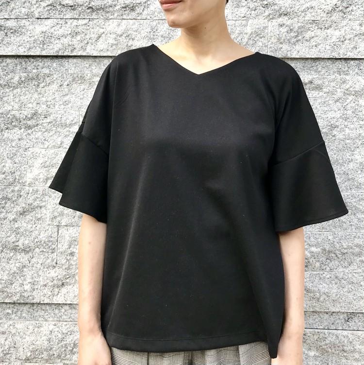 ¥990で大人女子も高見えきれい!【ジーユー(GU)】超高コスパTシャツ&トップス人気4選_5_4