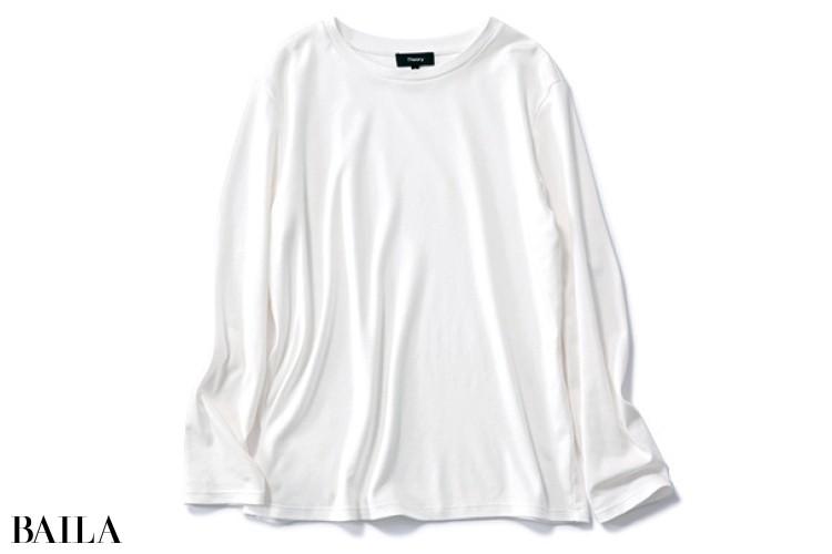 セオリーのベーシック白Tシャツ