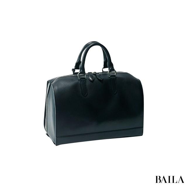 【黒バッグばっかり持ってる症候群】の30代女子がこの秋買うべき2大バッグ_1_2