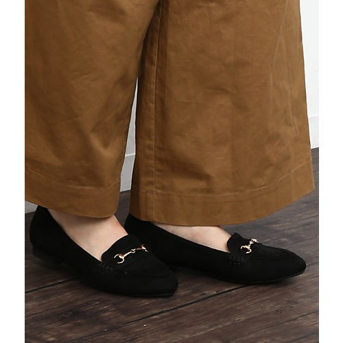 腰高パンツなら、ワントーンの配色でも美ボディスタイルに!_8