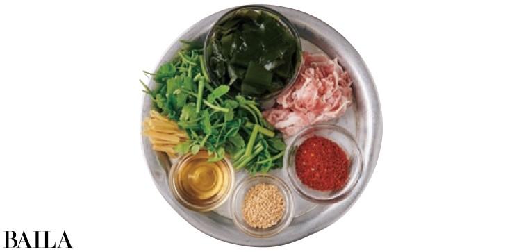 セリのナムル風スープ材料