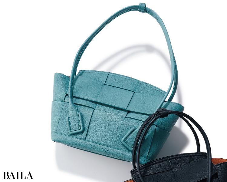 ボッテガ・ヴェネタのバッグ「スモール ザ・アルコ」