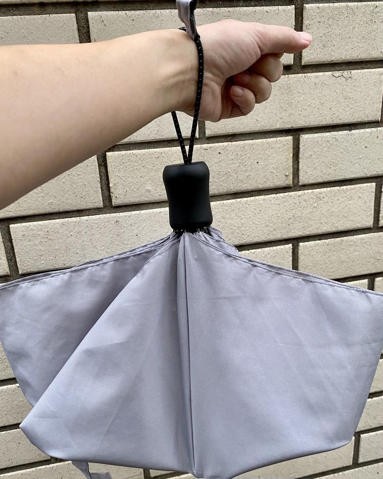 ¥1500プチプラ隠れ名品【ユニクロ(UNIQLO)】軽量&丈夫な折りたたみ傘「コンパクトアンブレラ」が大人気の理由_12