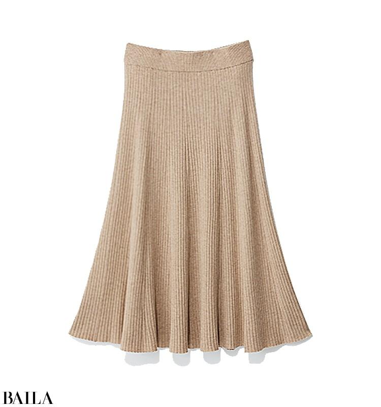 残業決定の日は、白タートル×ニットスカートの楽ちんスタイル【2019/11/7のコーデ】_2_2
