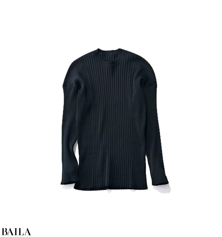 ちょっと早めに仕事する日は、ブラックニット×旬色パンツのワンツースタイル【2020/4/1のコーデ】_2_2