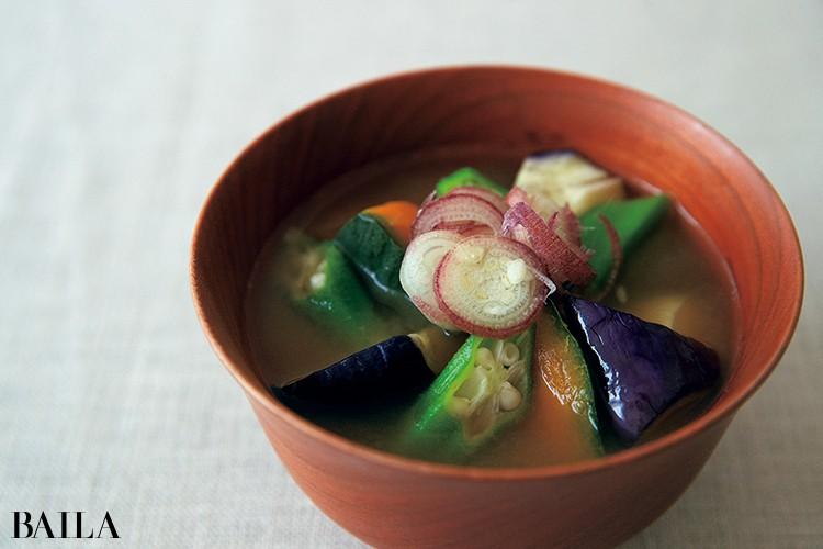 《具だくさん味噌汁》栄養価の高い旬の野菜が主役 発酵の力で腸内環境も健やかに