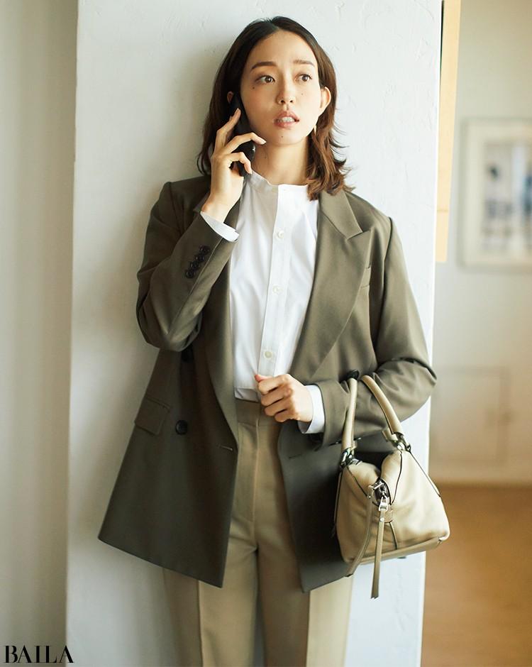 クライアントに会いに行く日は、ブラウンのジャケット&パンツでセットアップ風に【2020/3/10のコーデ】_1