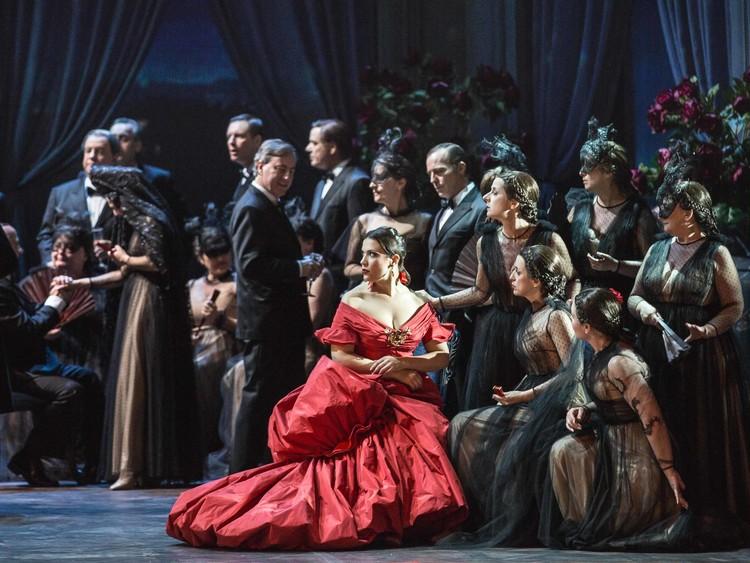 ソフィア・コッポラ×ヴァレンティノによるオペラが開幕♥︎_1