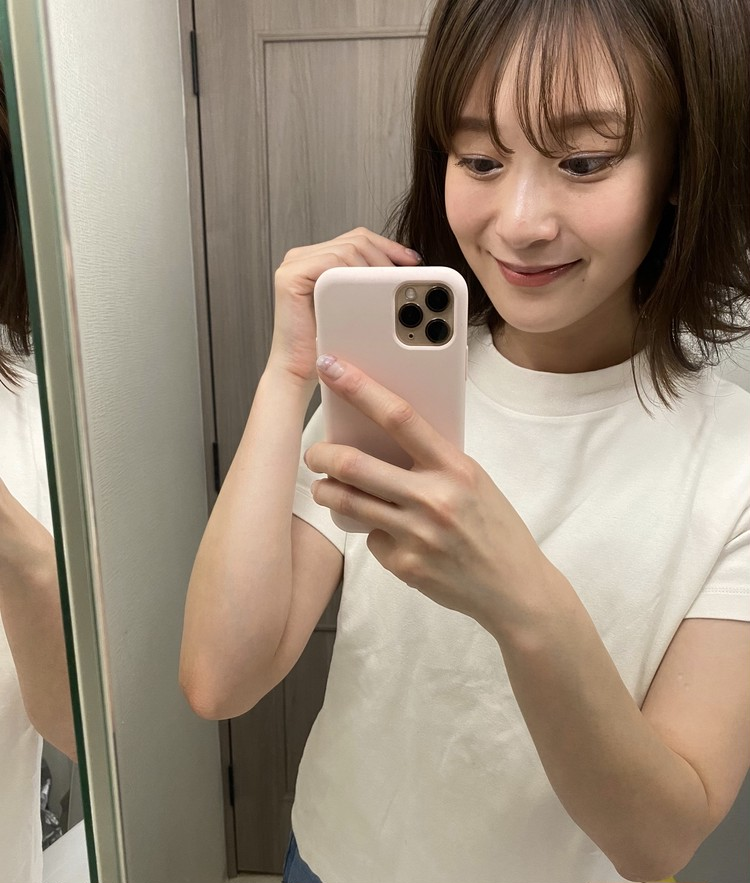 【GU】カジュアルからきれいめまで。最強高見えTシャツ_3