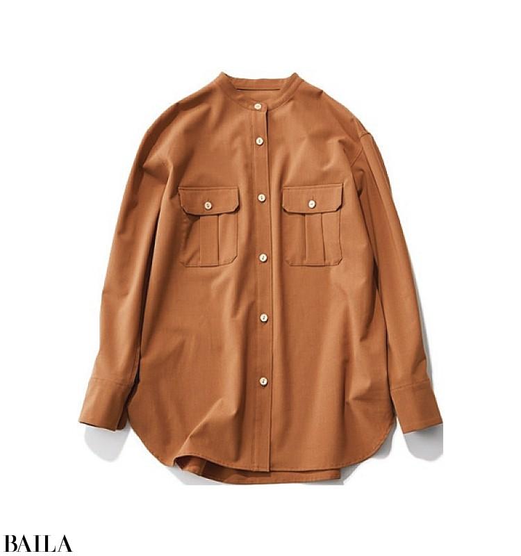 新商品発表会の日は、清潔感を意識したトレンドシャツ×白スカートコーデ【2019/11/25のコーデ】_2_1