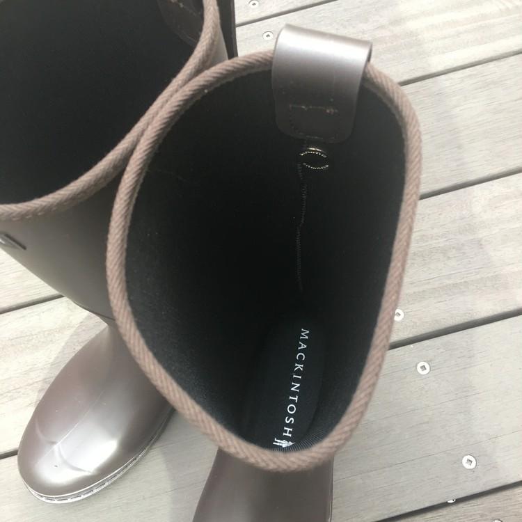 【エディターのおうち私物#51】梅雨シーズンが楽しくなる上がる傘&レインブーツ_4
