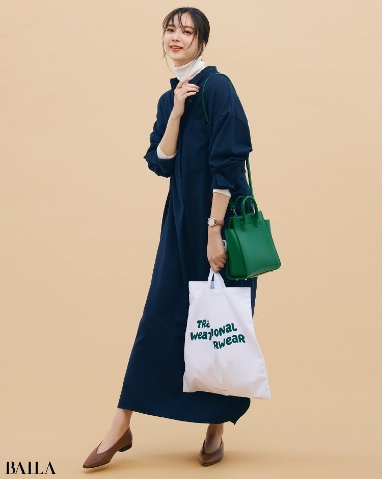 ヤーキのバッグとトラディショナル ウェザーウェアのサブバッグと新川優愛