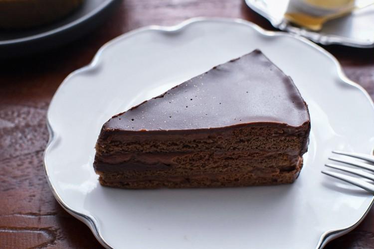 【シャトレーゼ】糖質86%カットの濃厚チョコショートケーキ