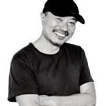 メイクアップアーティスト 吉川康雄さん