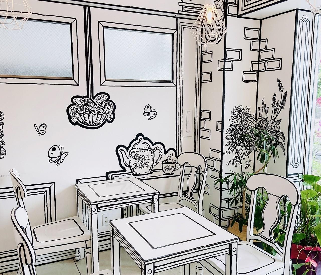 "【SNSで話題の2次元カフェ】まるで""絵本の世界""なインスタ映えでティータイム"