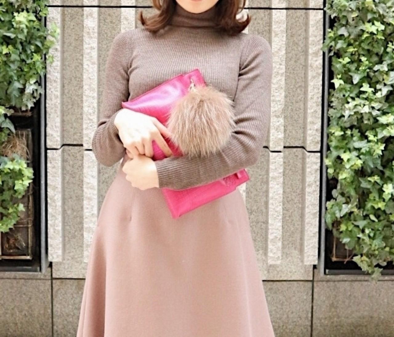 まろやかブラウンコーデ>>モカ×くすみピンクをで女っぽく。