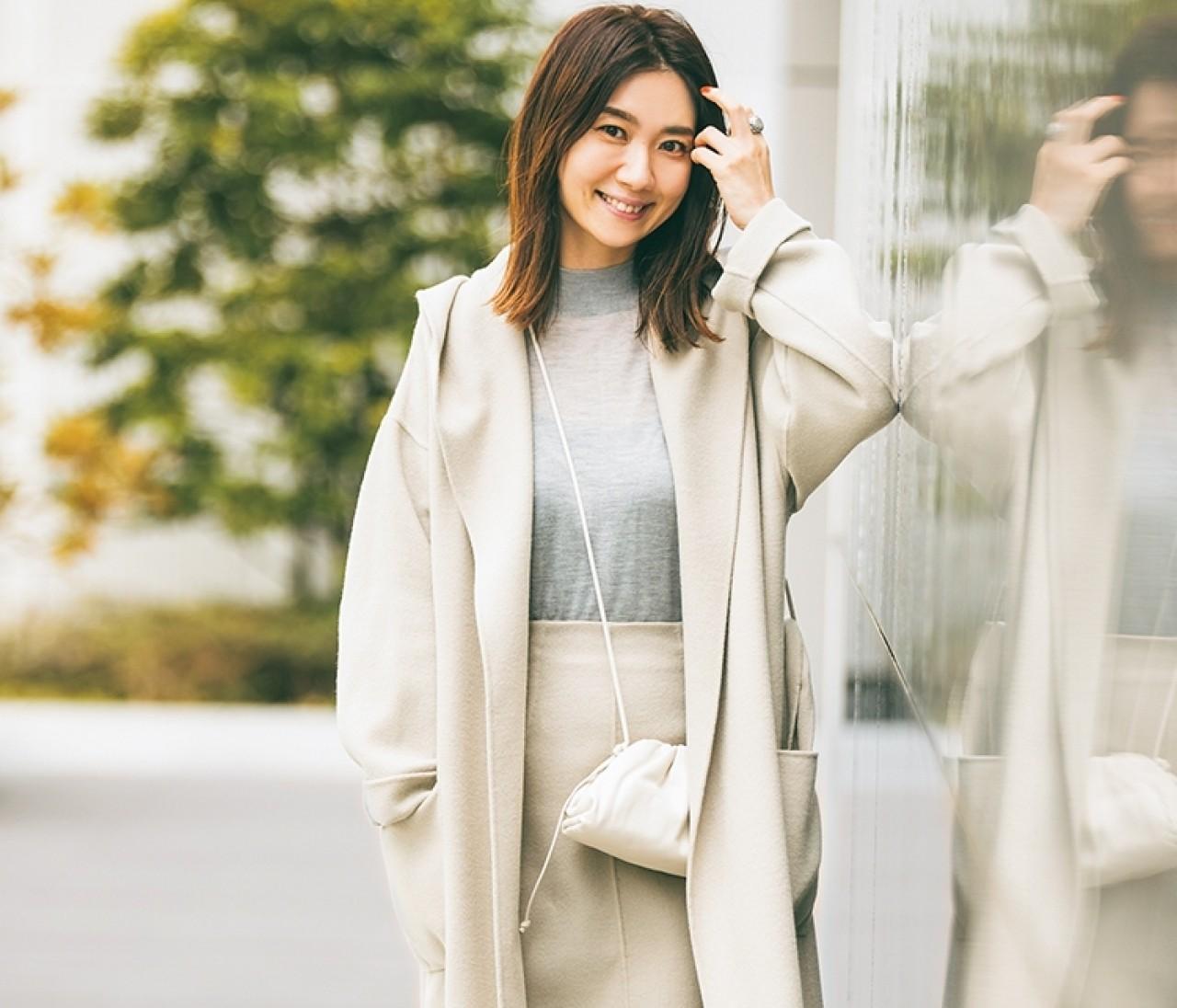 【30代のコート選び】アイボリー、ベージュの着流しコートで女っぽく!おしゃれプロの最新コーデがお手本