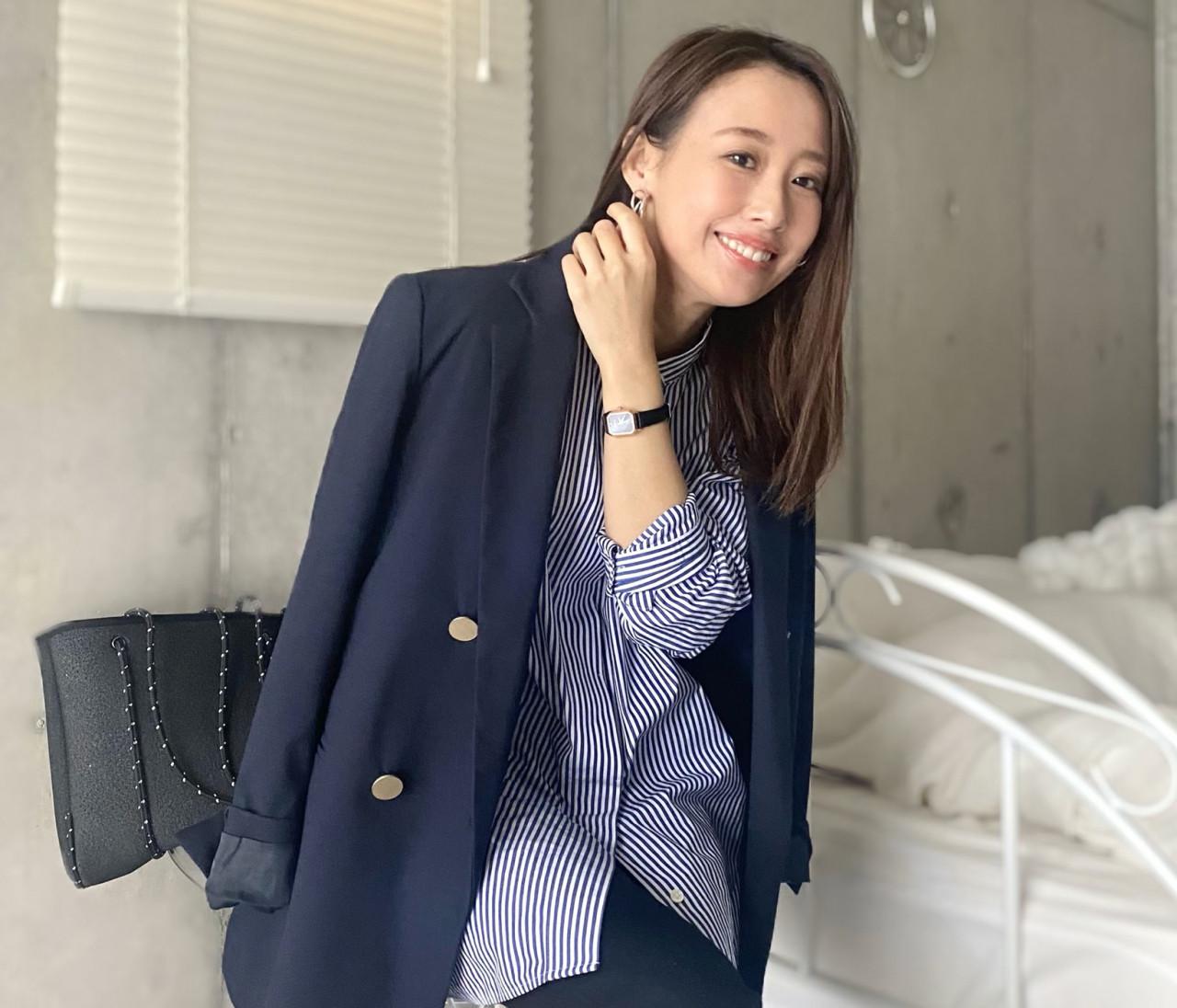 【ユニクロ】小柄さんOK!オフィスに使えるノーカラーシャツ