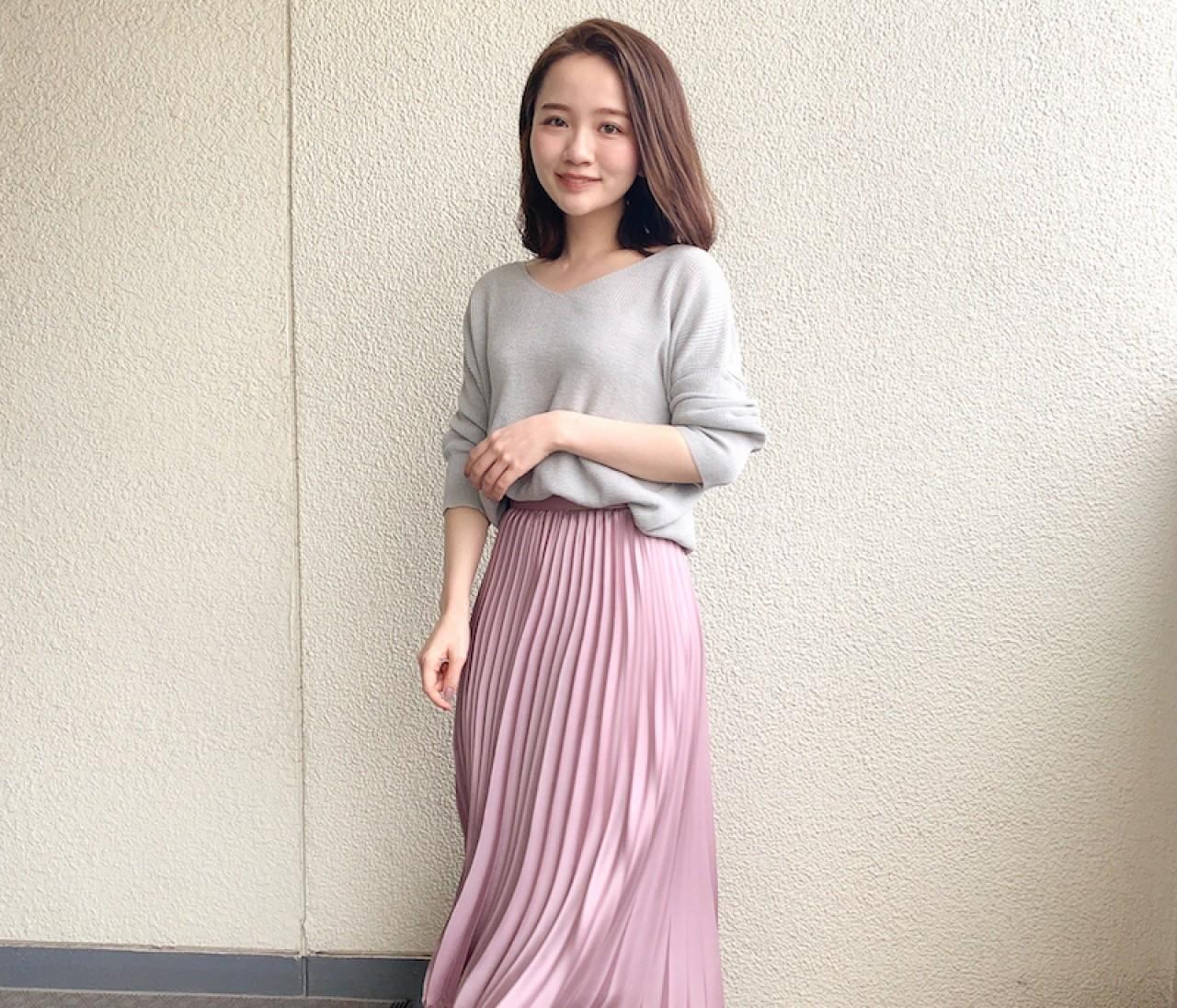 【150cmコーデ】春は着映えるスカートさえあればOK!今の季節に着たい、桜色プリーツスカート。