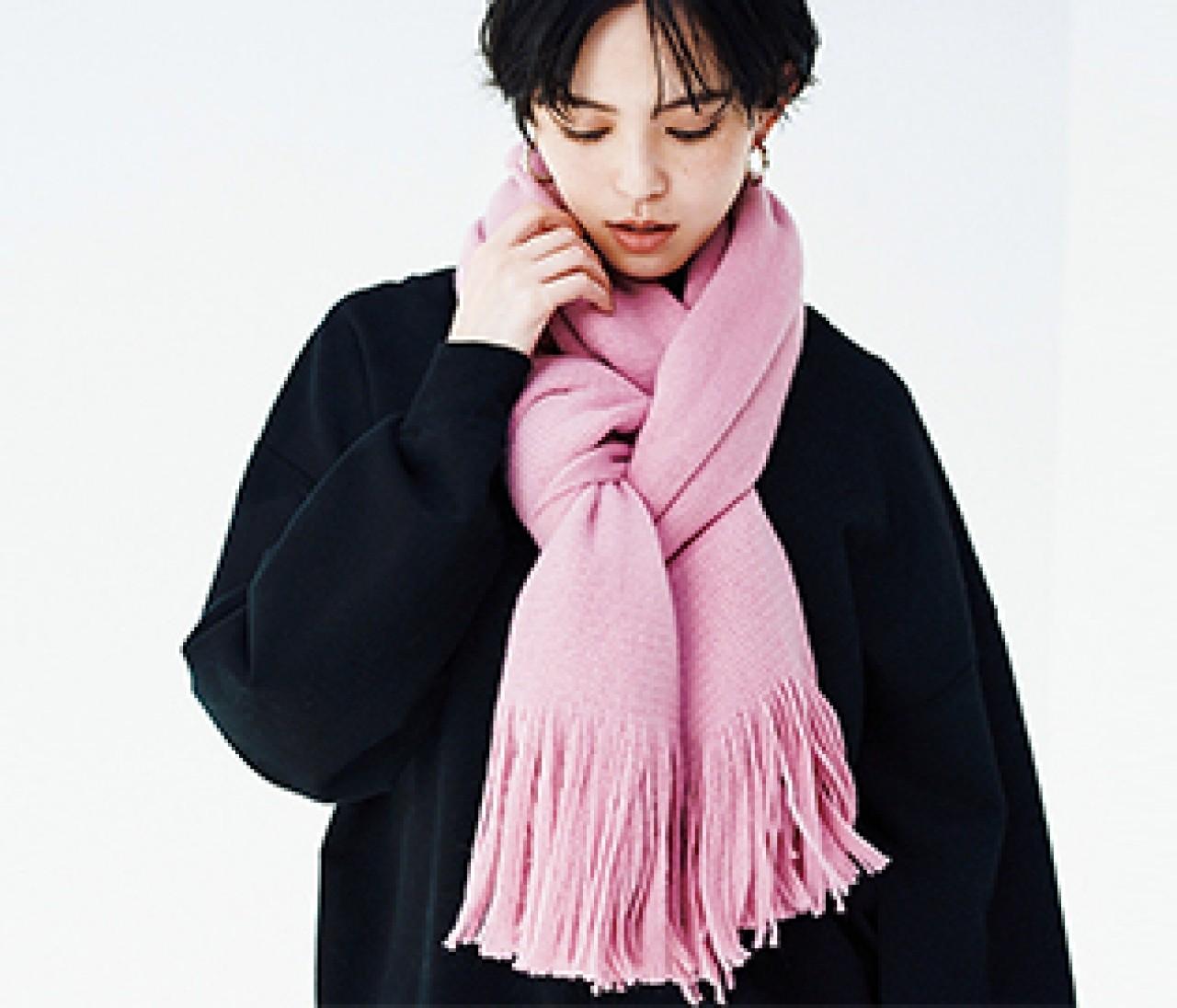 【BLACK×ピンク】プチプラ小物で大人の可愛げをリマインド♡