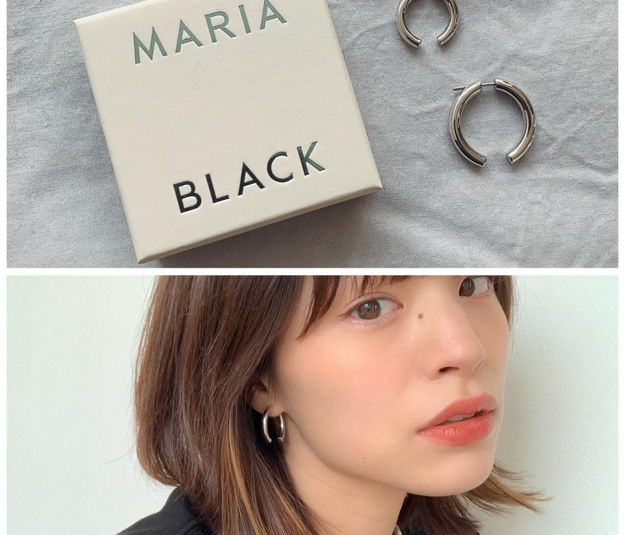 シンプル&個性的。MARIA BLACKのピアスが大人カジュアルを格上げ!