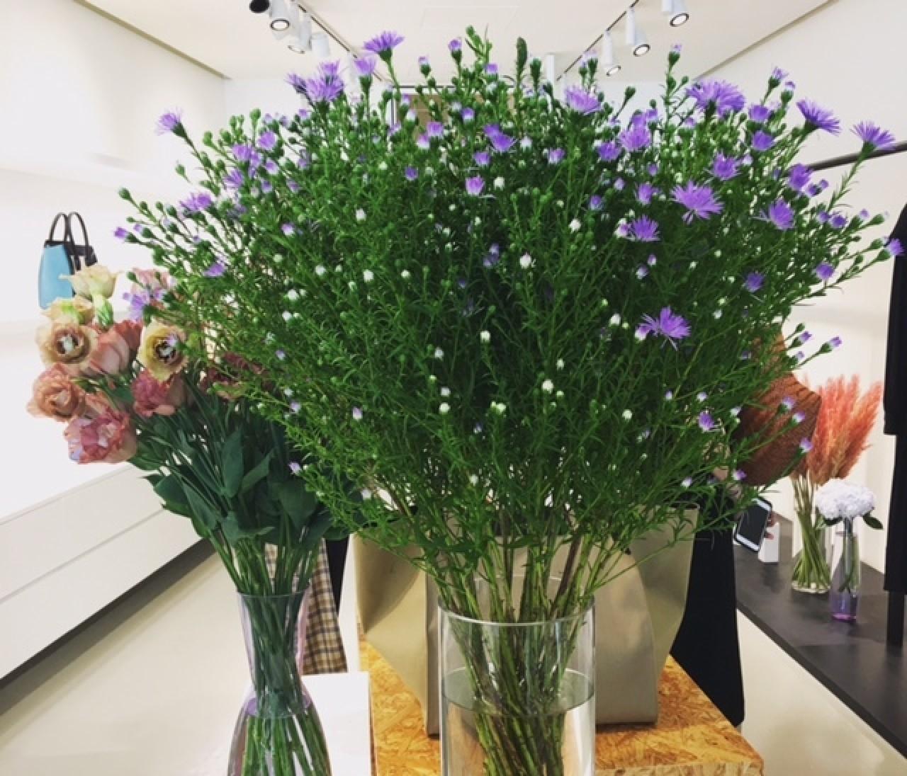セリーヌ展示会の花あしらいは、やっぱりオシャレ♡