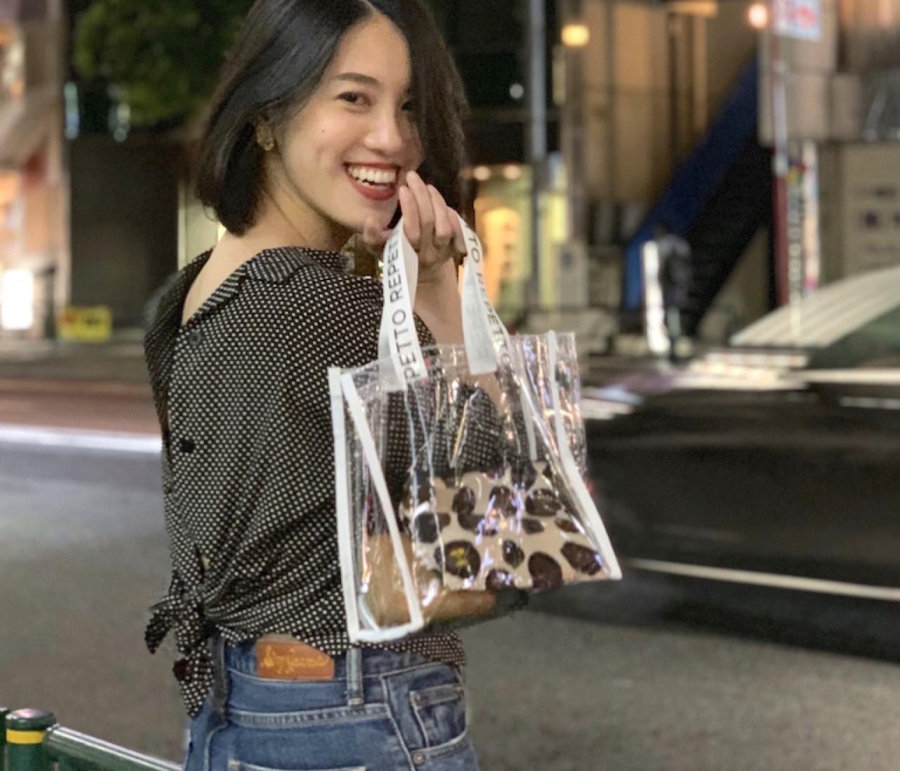 【BAILA8月号】お得すぎるの付録PVCバックは映える❤︎桐谷美玲さんの軽やかな黒コーデを真似してみた!