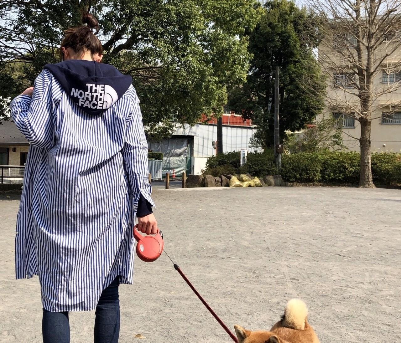 春のシャツワンピの着こなし方