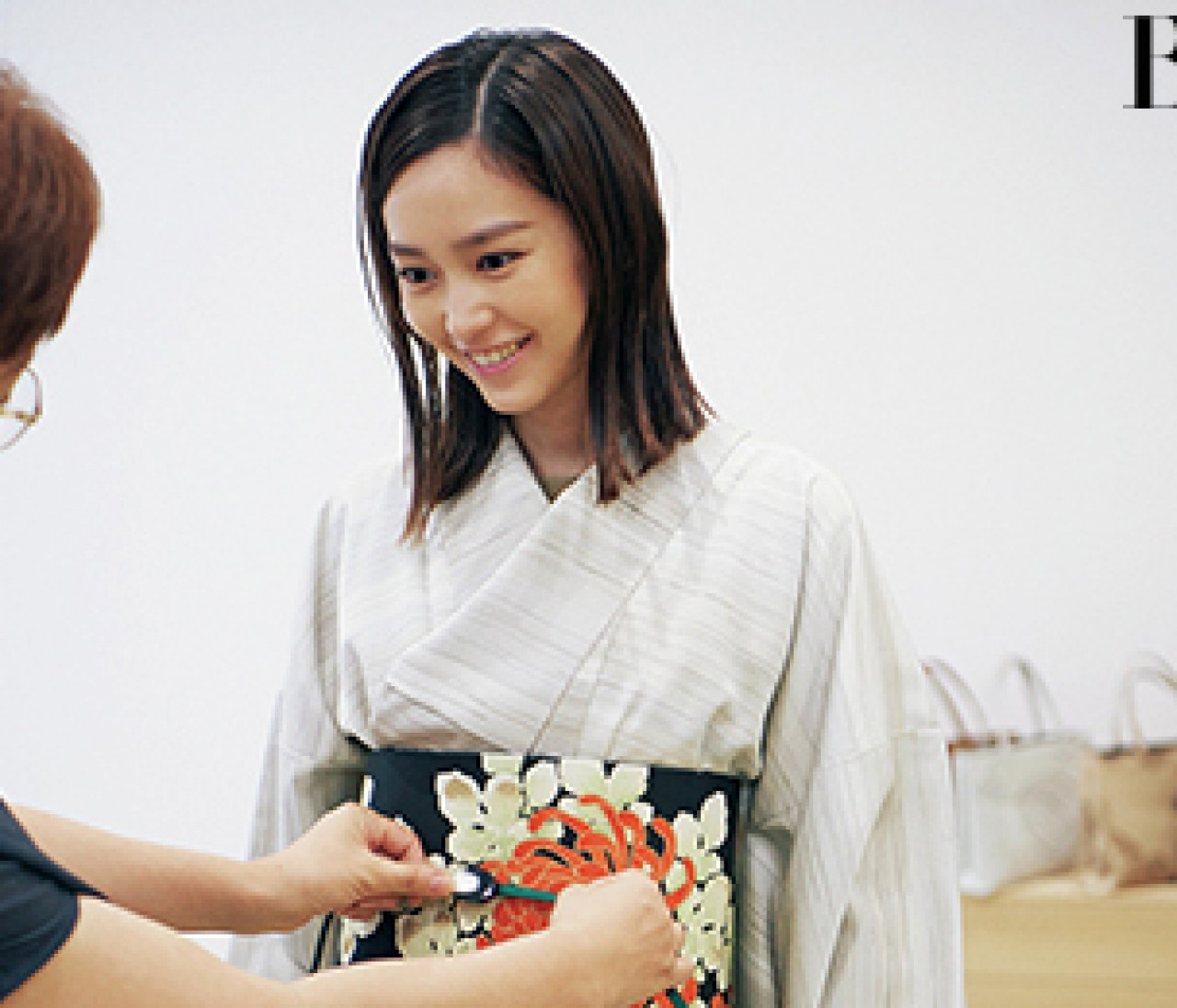 京都を旅する桐谷美玲のレンタル着物選びに密着【30代の和装・きもの】