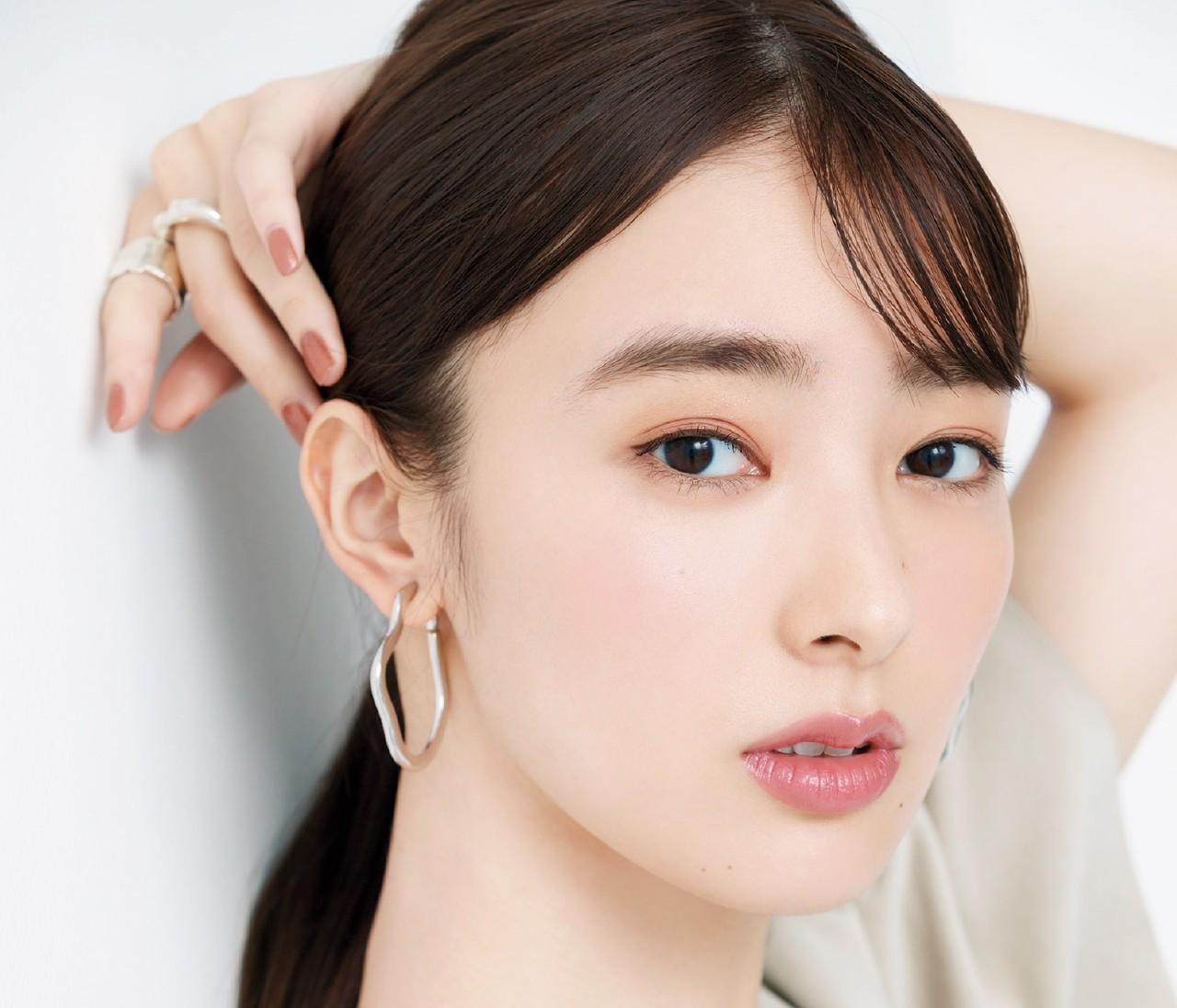 【春の女子会リップ】ブルべ肌×女顔「さくら姫」は上品なモーヴピンクリップ