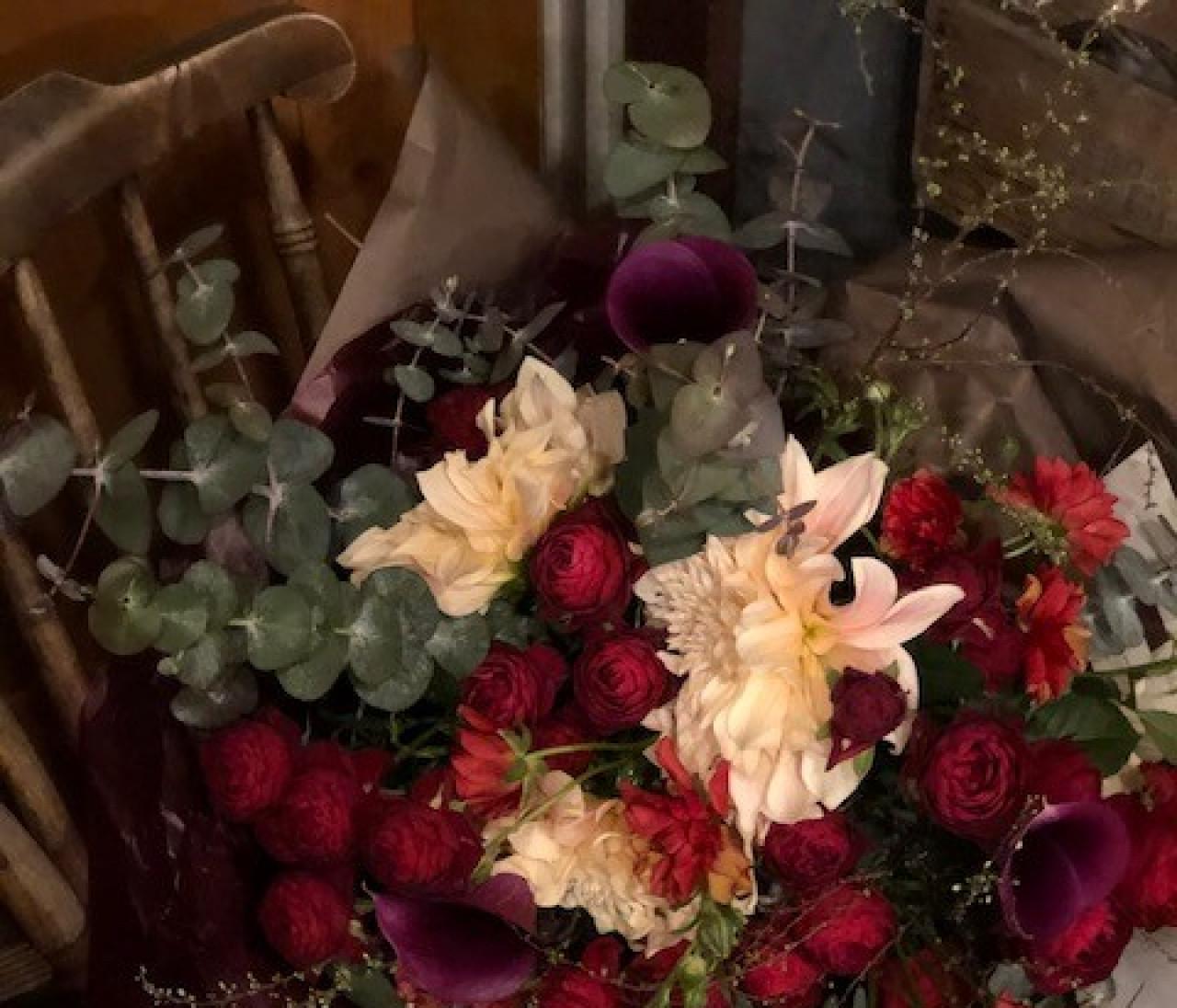 大切なひとへのギフトに、自分へのご褒美に。figue L'Atelier des Fleurs のブーケ [エディターのおうち私物#235]
