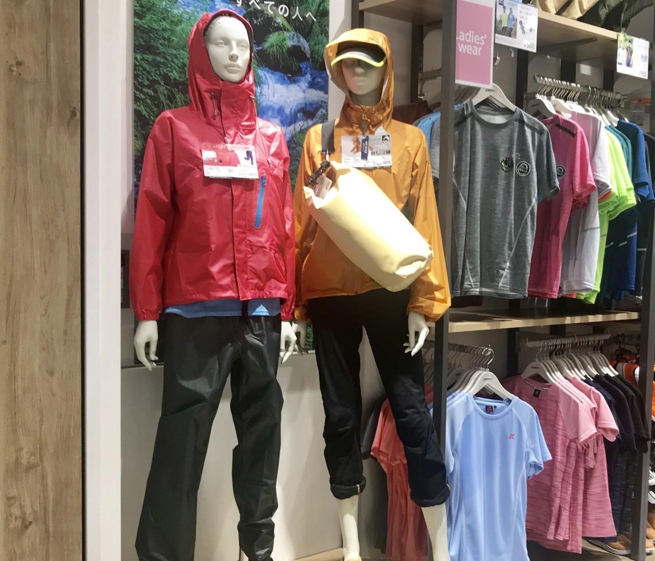 雨カッパ売上No.1【ワークマン(WORKMAN)】人気透湿レインスーツや防水グッズで夏フェスやアウトドアへ行こう!