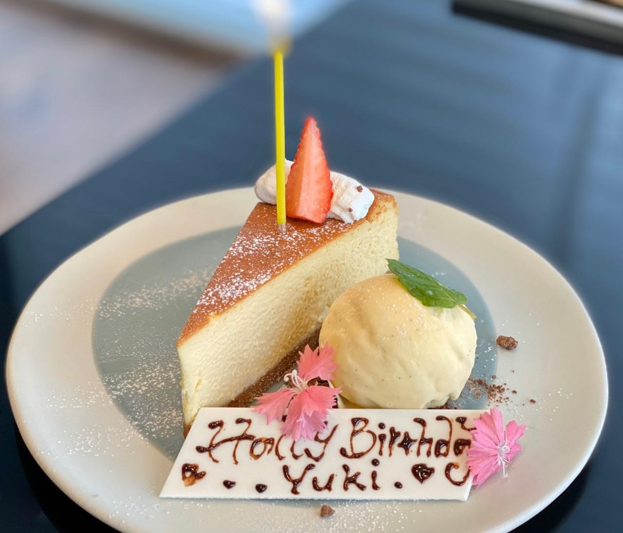 ELLE cafeでクリスマス女子会ランチ♡表参道カフェ