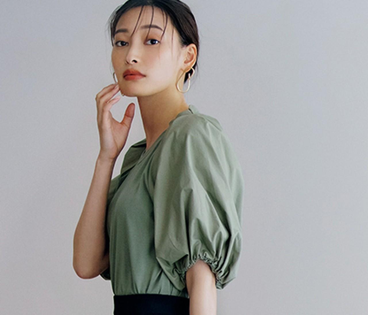 【袖コンTシャツ】袖の甘さを引き立てる小物使い&配色って?