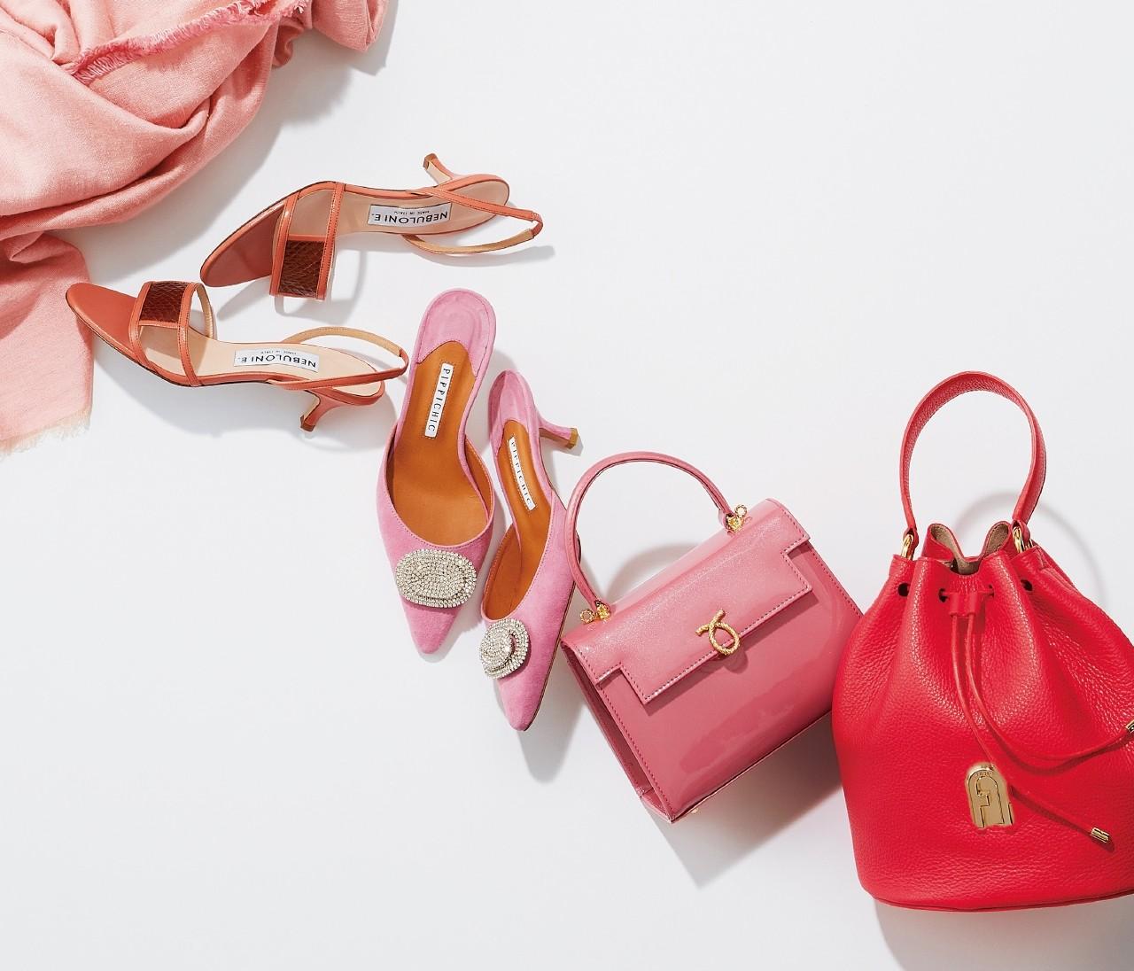 【旬カラー小物で気分UP!】甘さを引き算!「レッド&ピンク」のバッグや靴