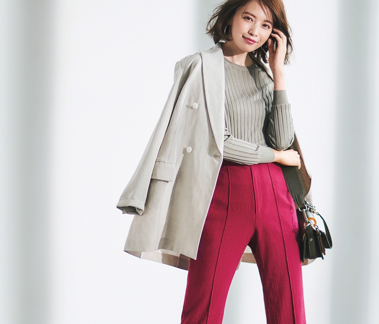 【スタメン派手服】<きれい色パンツ>で洗練着こなし5コーデ