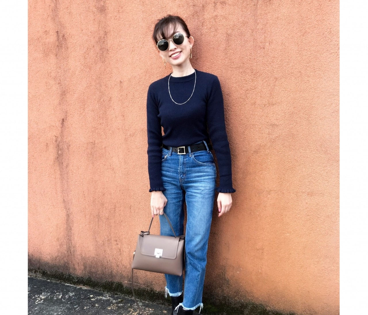 万能♡ UNIQLOの黒ベルト2990円、H&M サングラス1490円