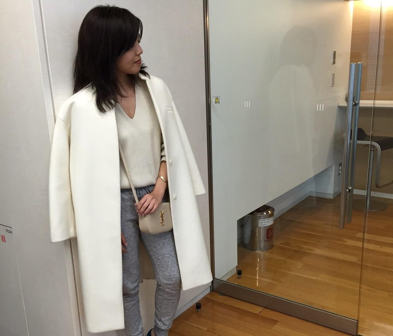 【#OOTD】UNIQLOのスウェットパンツをとびきり女らしく着る方法