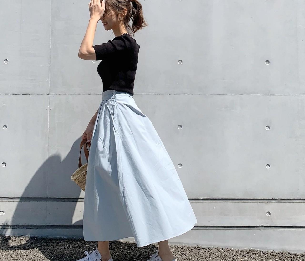 春夏にオススメ!!スカイブルーのスカート♡
