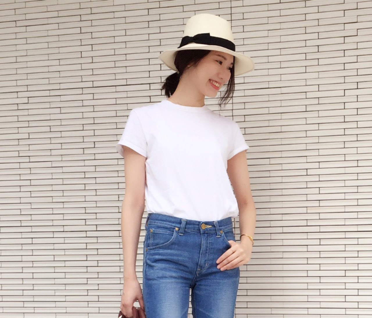 【スナップ】Tシャツ&デニムに夏小物でこなれコーデへ昇華