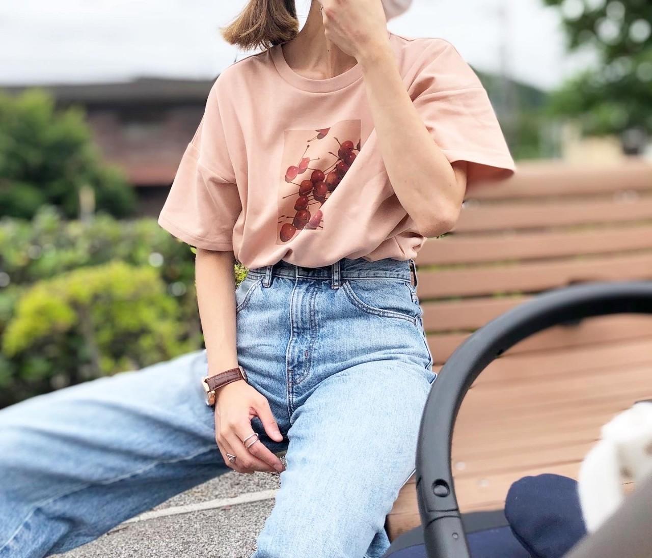 子どもっぽくならない!プリントTシャツとUNIQLOデニム