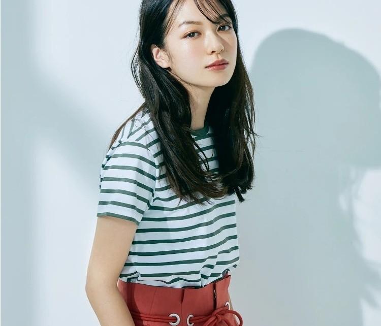 【大人のTシャツ2021】ゆるシルエット、ボーダー…etc.スタイリスト百々千晴さんが今季のイチ推しを厳選!
