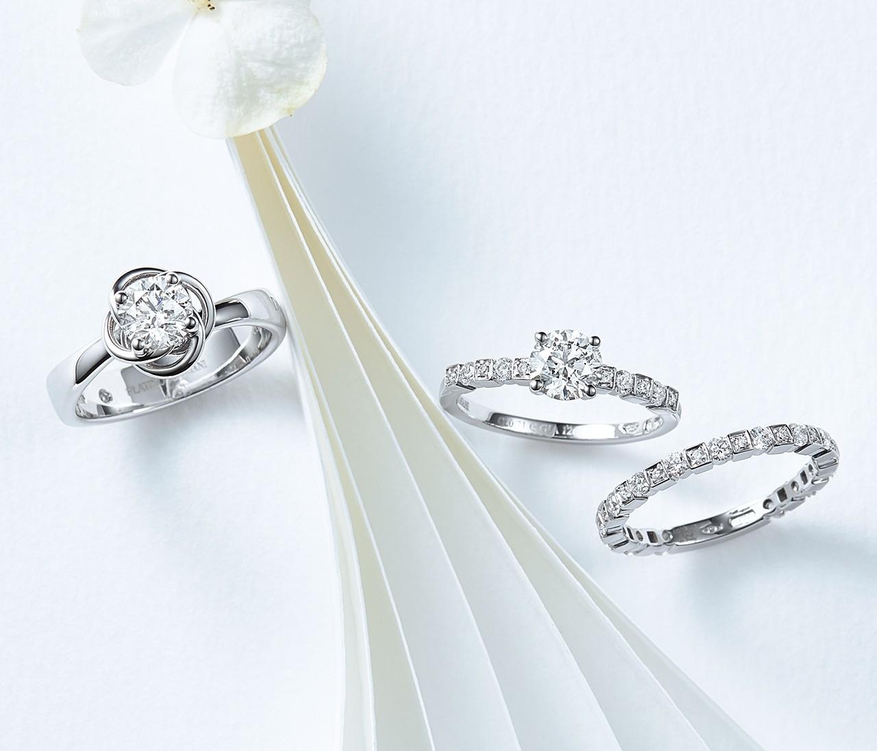 【ダミアーニのエンゲージ&マリッジリング】華のあるリングで指先を美しく